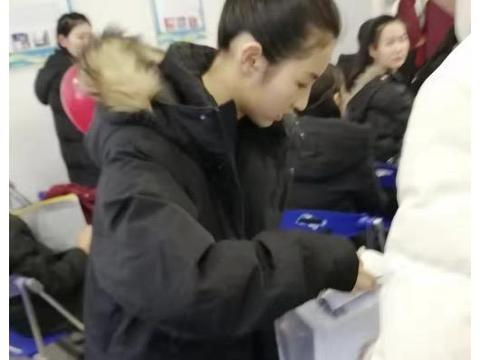张子枫参加艺考获河南省表演专业统考第一名 差4分便满分