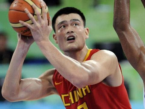 姚明是世界级的篮球巨星,为何国内体育品牌李宁,没有签他代言?