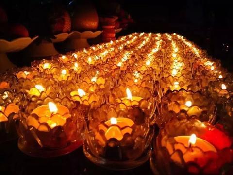 灯是智慧和光明的象征,那燃灯供佛有什么意义呢?