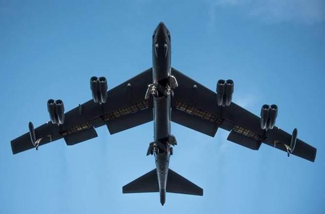 2020年刚开始,一架B52闯入防空识别区,9分钟后飞行员掉头逃离