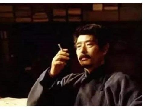 鲁迅鲜为人知的一面:一辈子爱抽烟,怎么都戒不掉,最后死在烟上