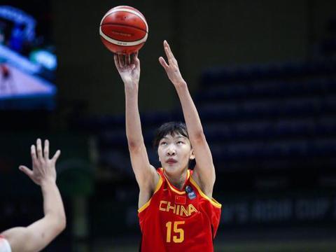 中国女篮韩旭、邵婷、李梦和李月汝的年薪有多少?和周琦差133倍