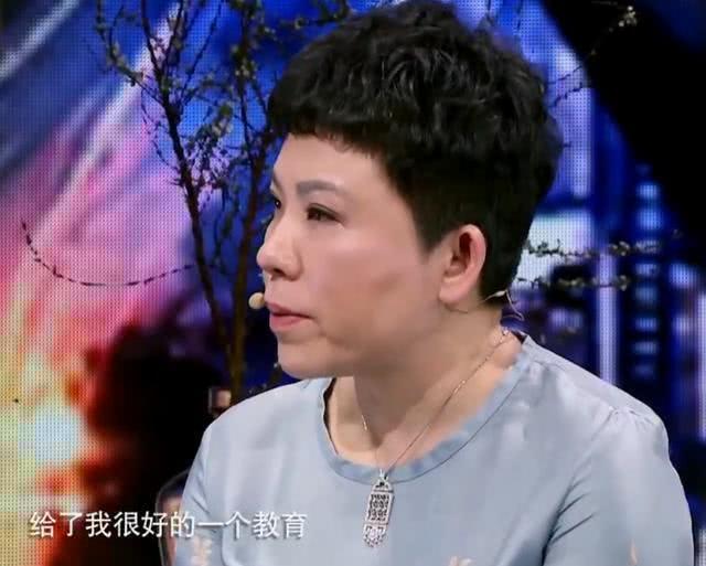 为邓亚萍、张燮林鼓掌!希望国乒晚辈们能继承前辈的精神