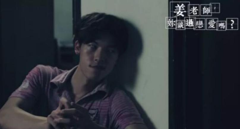 台湾演艺圈没落后,他凭什么还能红?
