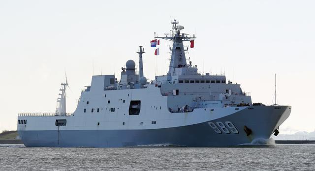 第8艘071型登陆舰交付海军,建造只需18个月的中国速度