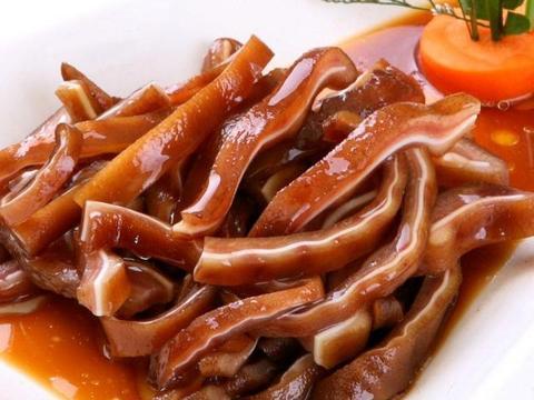 想吃卤猪耳朵不用出去买,教你秘制方法,鲜香美味和卤菜店一样