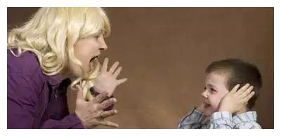 不懂得正确的亲子沟通方式,会让孩子一辈子都在治愈童年