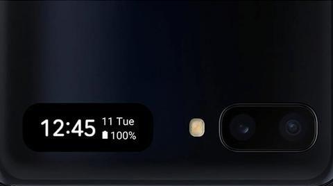 具有翻盖设计的三星Galaxy Z Flip正式发布,以取代Moto Razr