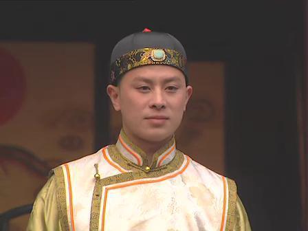 《少年包青天》皇帝:为照顾母亲息影,母亲去世后走入一条不归路