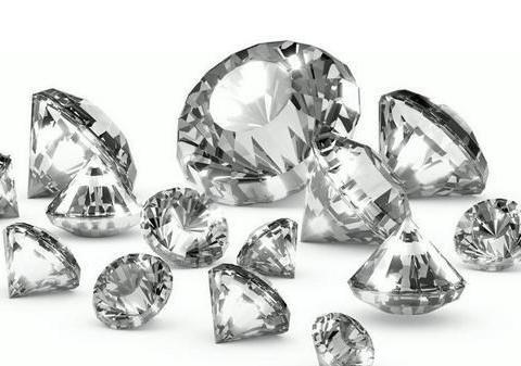 它是世界上最大的钻石,传言受过诅咒,佩戴者都发生过事故