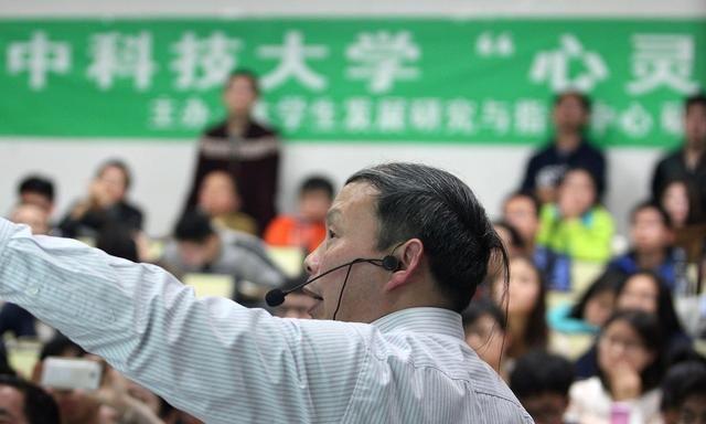 上海市教委:加强高考延期防疫 考试组织管理和应急准备