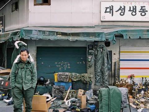 韩国首尔的贫民区 居民多数以捡破烂为生