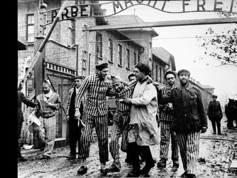 老照片  二战中的德国奥斯威辛集中营  犹太人的恐怖岁月