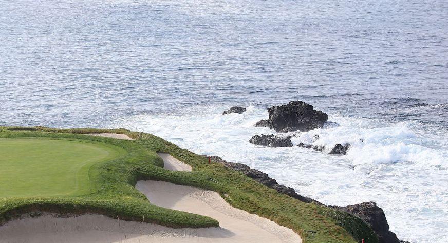 今晚【卫视高尔夫】带来2020圆石滩职业业余配对赛第四轮集锦回顾