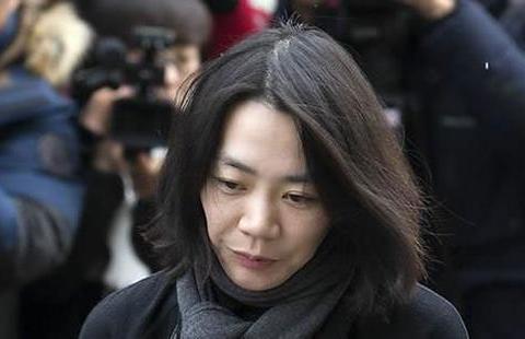 """韩财阀家族再陷内斗:""""坚果门""""主角赵显娥与亲弟争权"""
