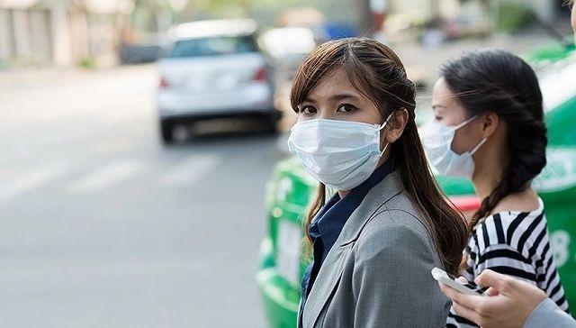 """高气温下病毒依旧肆虐:新加坡防疫不再""""佛系"""""""