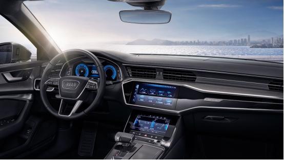 比奔驰E级性价比更高,比5系优惠更大,目前综合优惠7万元