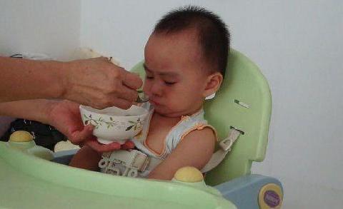 劝告家长:3个时间点宁可饿着娃,也别乱喂,容易伤脾积食不发育