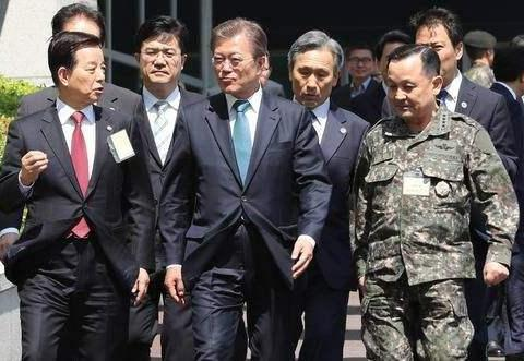 美军撤出韩国,移交战时作战指挥权,对韩国是好事还是坏事?