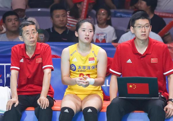 中国女排小将迎19岁生日,恐无缘东京奥运会,却有望接班林莉!