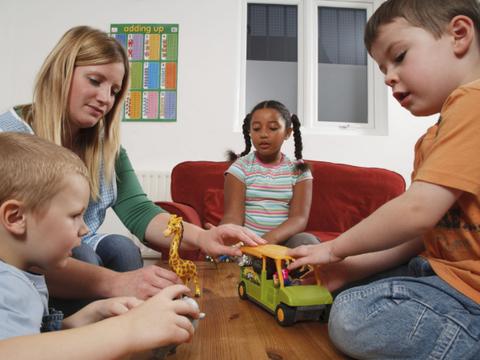 """逆商在孩子一生中起到什么作用?有哪些方法来提升孩子""""逆商""""?"""