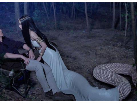 """泰剧《蛇吻》首播,男主像李现女主像杨颖,剧情好像""""白蛇传"""""""