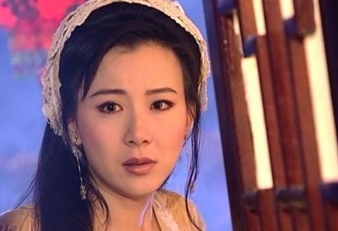 貌比林志玲,拒绝霍建华,演戏20年恋爱14次,今42岁无人娶