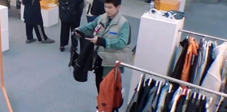 潮流合伙人:王源帮小朋友挑衣服,推荐时说的话令人心酸!