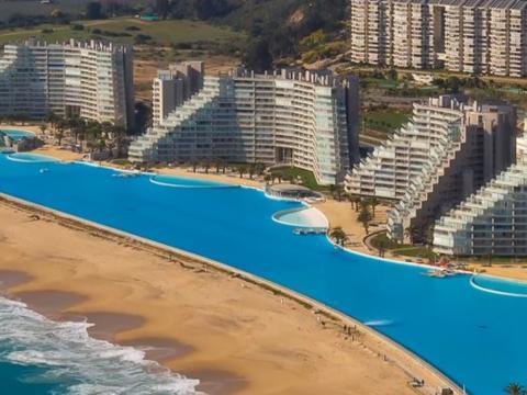 智利有一座最大的游泳池,面积超过11个足球场,耗资86亿!
