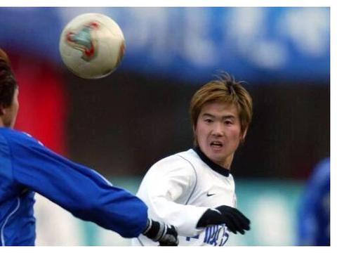 昔日辽小虎之一肇俊哲,对辽宁男足不离不弃,一直从事足球事业