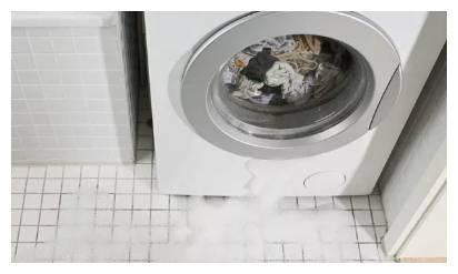 洗衣机排水管真不该直插地漏,懊悔没听过来人劝,洗衣机差点毁了