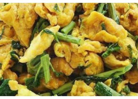 年夜饭菜谱:香椿炒蛋,大盘猪脚,核桃花煸鸭舌,熘肉段