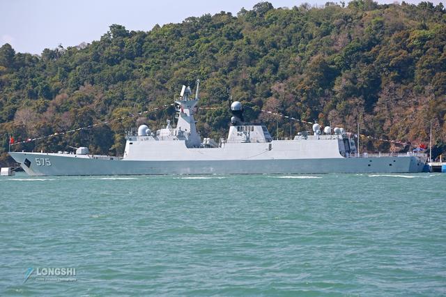 055驱逐舰引流风潮,欧洲强国忍不住模仿,新护卫舰采用类似桅杆