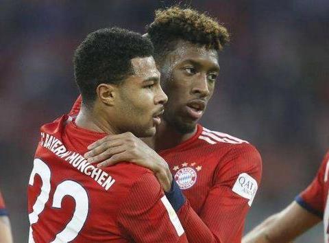 科曼+格纳布里:法国超跑重返首发,拜仁两翼齐飞致敬罗贝里