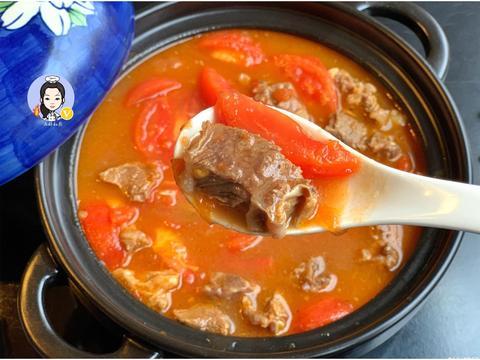 """想吃""""番茄牛腩""""不用去饭店,自己在家做其实很简单,鲜香味美"""