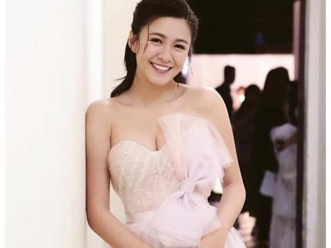 TVB小花拍摄新剧惹男友吃醋 自曝在家一天上7次厕所致厕所板开裂