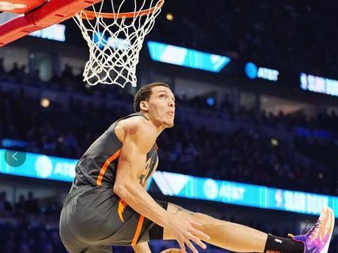戈登奉献NBA全明星惊天一扣!一分之差无缘冠军,韦德回应争议!