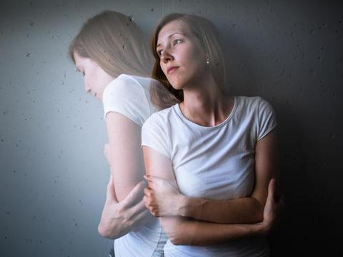 3年的颈椎病焦虑症,15天改善,她是怎么做到的?