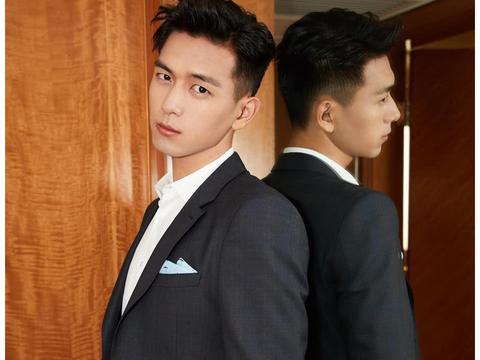公认最帅的27岁男星,张艺兴只能排第三,最后一位不认识?