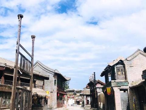 """北京有座""""小横店"""",曾是《还珠格格》取景地,如今却沦为羊圈"""