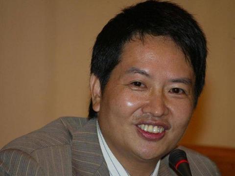 痛批过大半个娱乐圈的作家刘信达和宋祖德是亲兄弟?网友:难怪
