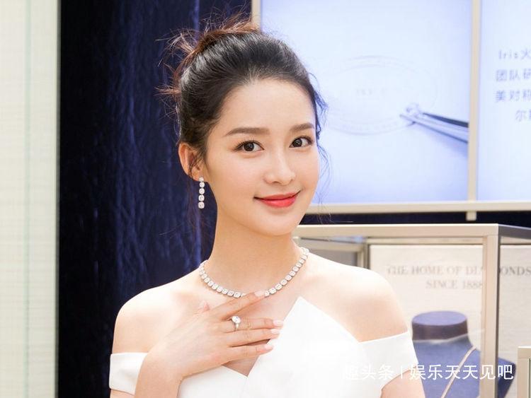 """中国""""未整容""""的六大女星,赵丽颖第三,第一从小美到大"""