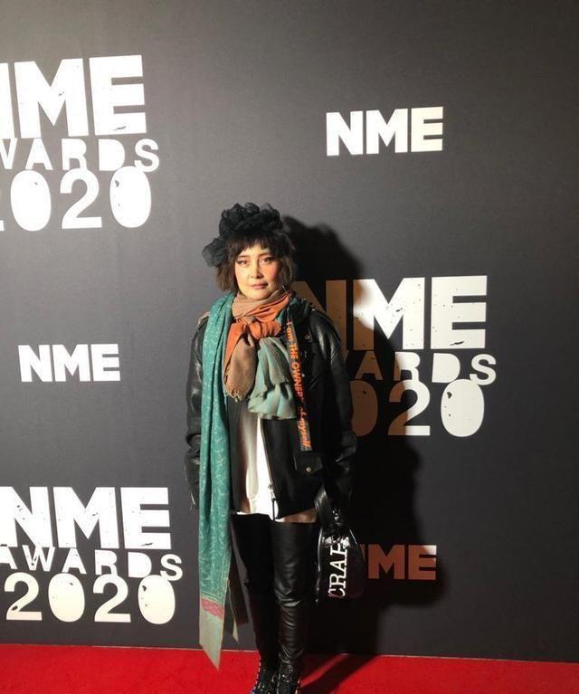 华语歌手唯一!何超仪受邀出席英国NME颁奖典礼