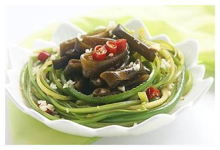 家味美食:金茸蒜苔,蚝油焖南瓜,香炒蒜肠,鱼香豆腐干