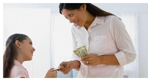 金钱奖励能激发孩子驱动力,长期依赖金钱奖励,往往会扼杀孩子
