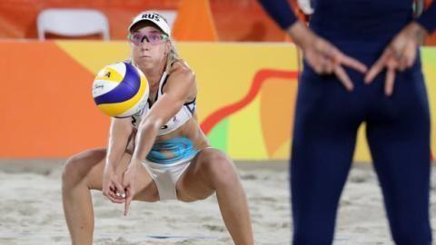 沙滩排球为何只穿比基尼?频频走光,除了因为钱,还有两个原因