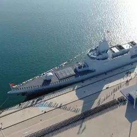 美海军开始落后焦虑:美只能放大伯克舰 中国猛造055