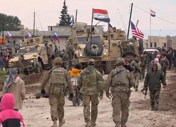 美军突然从伊拉克向叙利亚增兵是冲着谁去的?巴沙尔还是土耳其?