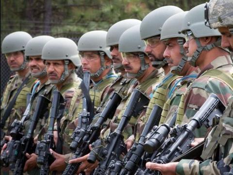 地缘优势军事装备万国造,印度自曝家丑,陆军接战能力仅有10天