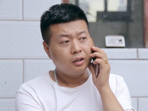 美女给小伙打诈骗电话, 小伙说出一句后, 骗子都要崩溃了